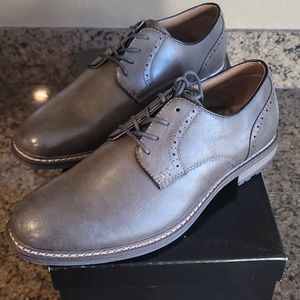 NWT Wingtip Shoes